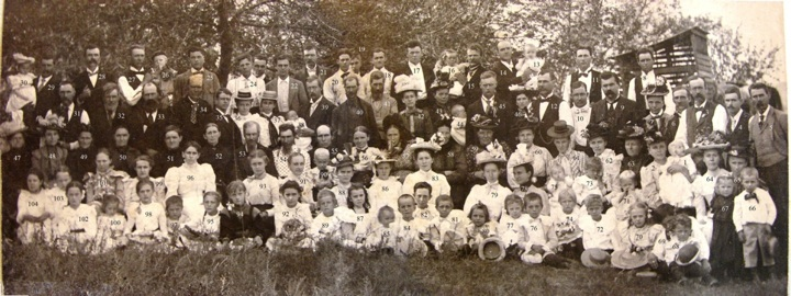 1899 Follinglo Family Reunion
